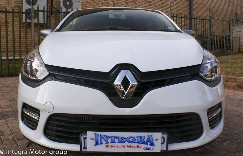 used renault clio iv 900 t gt line 5 door 66kw for sale in gauteng id 1572484. Black Bedroom Furniture Sets. Home Design Ideas