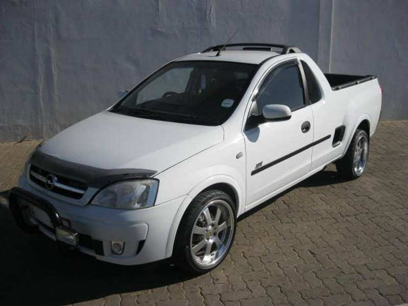 used opel corsa utility 1 7 dti sport p u s c for sale in northern cape id 1574034. Black Bedroom Furniture Sets. Home Design Ideas