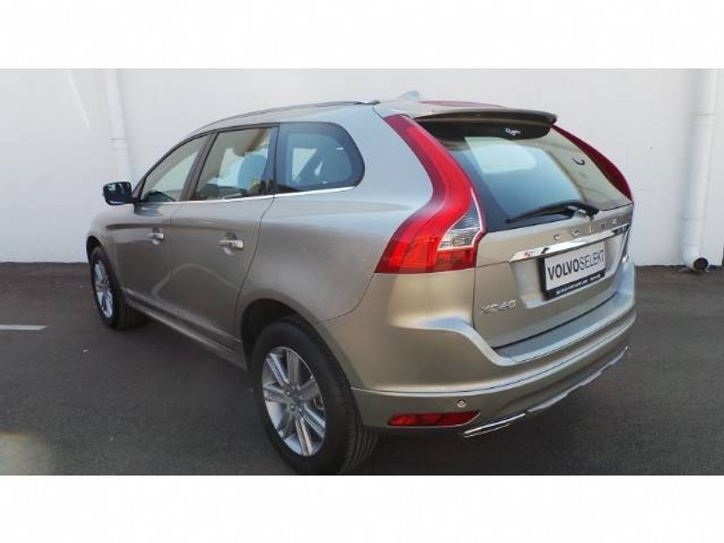 used volvo xc60 d4 momentum geartronic for sale in gauteng id 1577249. Black Bedroom Furniture Sets. Home Design Ideas