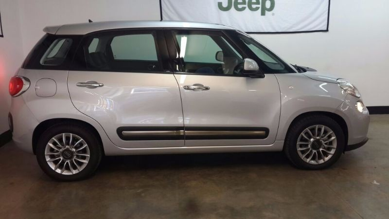 used fiat 500 l 1 4 lounge 5 door for sale in gauteng id 1582643. Black Bedroom Furniture Sets. Home Design Ideas