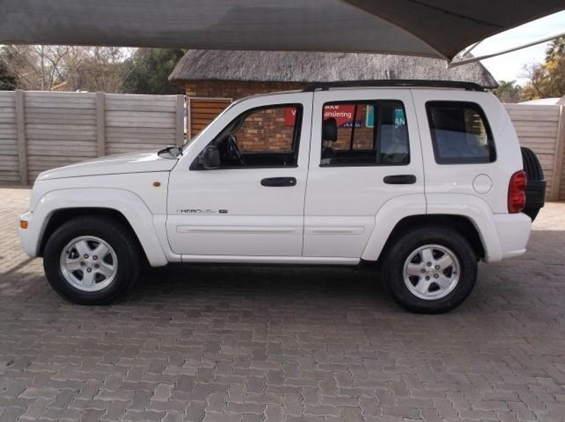 used jeep cherokee 3 7 sport a t for sale in gauteng. Black Bedroom Furniture Sets. Home Design Ideas