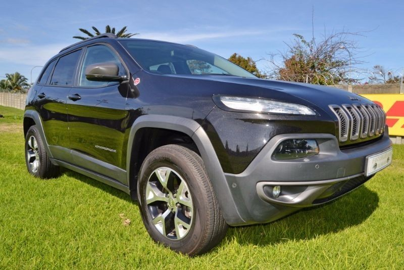used jeep cherokee jeep cherokee 3 2l trailhawk 4 4 for sale in western cape id. Black Bedroom Furniture Sets. Home Design Ideas