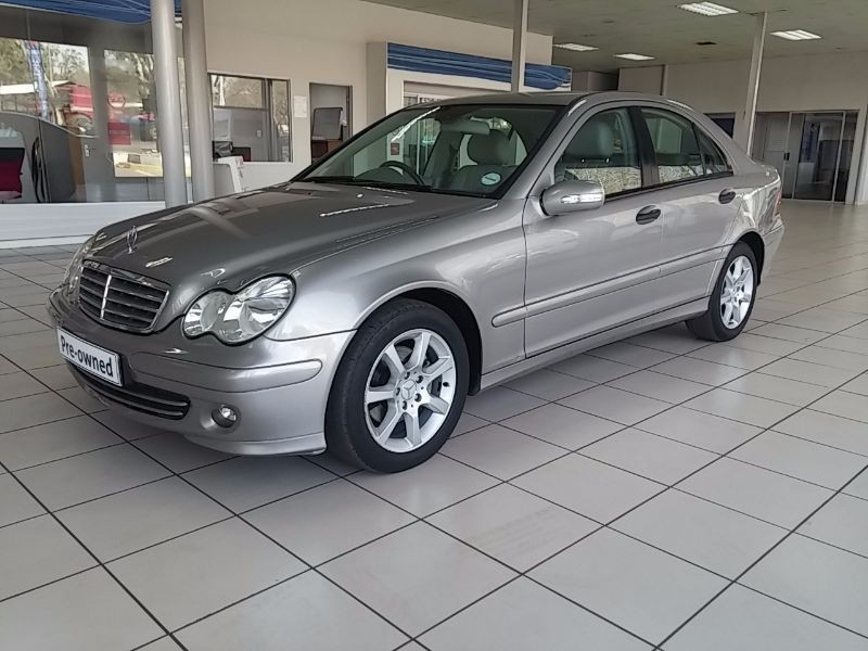 Used mercedes benz c class c200 auto for sale in for 2006 mercedes benz r class for sale