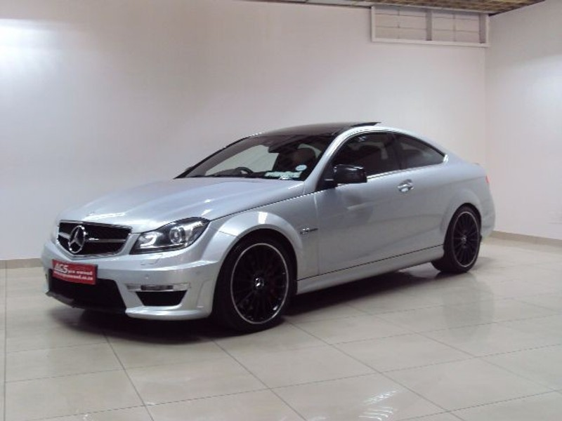 used mercedes benz c class c63 amg coupe 7g tronic performance red leather for sale in gauteng. Black Bedroom Furniture Sets. Home Design Ideas