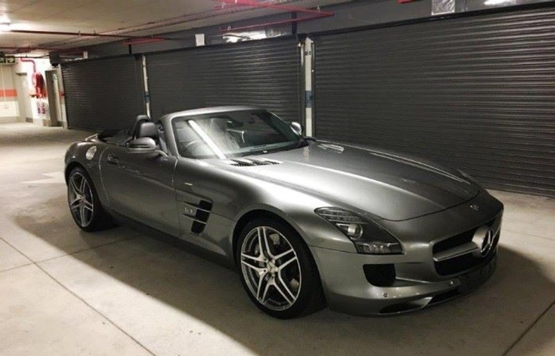 Used mercedes benz sls class sls amg roadster for sale in for Mercedes benz sls amg convertible for sale