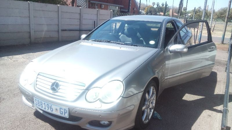 Used mercedes benz c class c 230k coupe for sale in for 2006 mercedes benz c class for sale