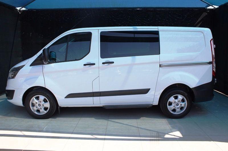 used ford transit custom kombi 2 2 tdci trend swb 92kw f c p v for sale in kwazulu natal cars. Black Bedroom Furniture Sets. Home Design Ideas