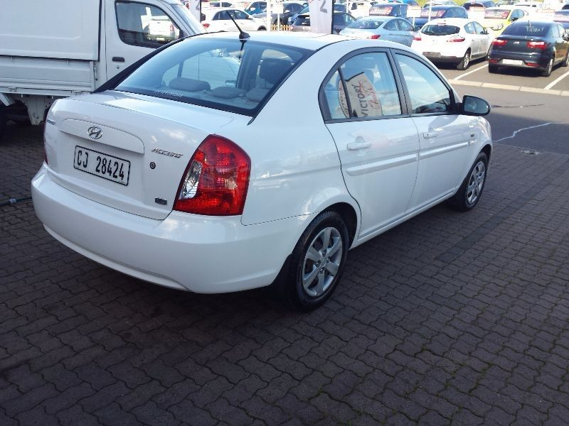 used hyundai accent 1 6 gls for sale in western cape. Black Bedroom Furniture Sets. Home Design Ideas