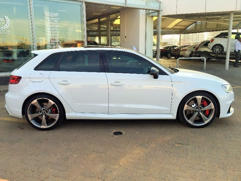 used audi rs3 sportback stronic for sale in gauteng id 1600580. Black Bedroom Furniture Sets. Home Design Ideas