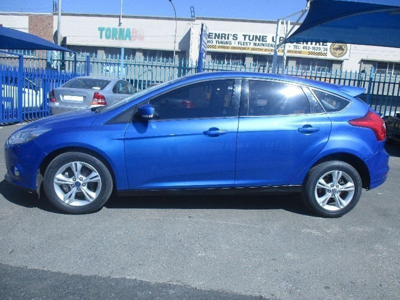 used ford focus built tough for sale in gauteng id 1601824. Black Bedroom Furniture Sets. Home Design Ideas