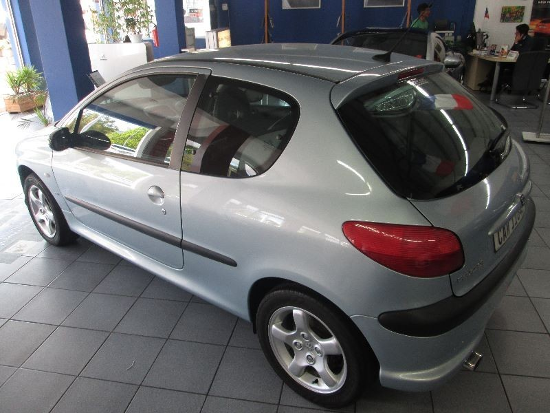 used peugeot 206 gti for sale in western cape id 1603056. Black Bedroom Furniture Sets. Home Design Ideas