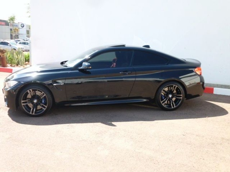 used bmw m4 coupe m dct for sale in gauteng id 1603113. Black Bedroom Furniture Sets. Home Design Ideas