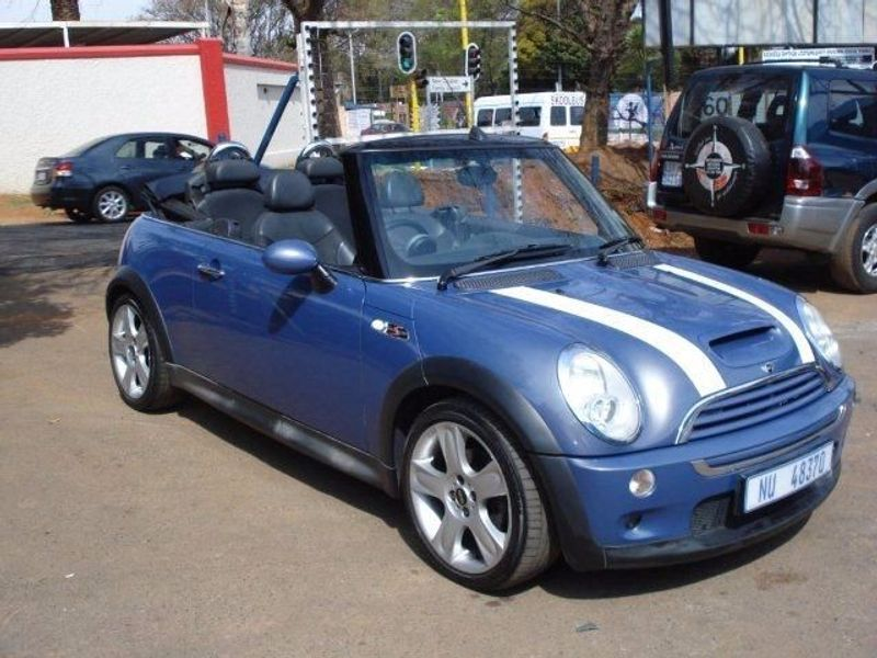 used mini cooper s convertible for sale in gauteng id 1603331. Black Bedroom Furniture Sets. Home Design Ideas