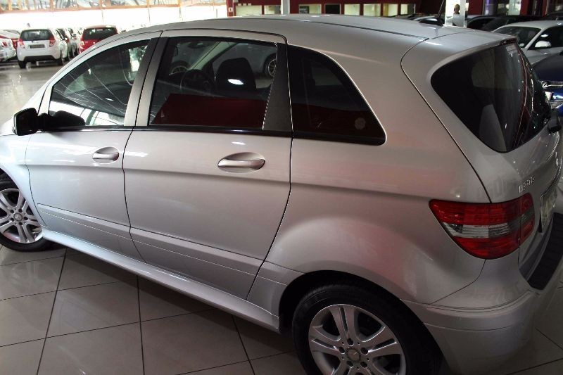 Used mercedes benz b class b 200 a t for sale in north for Mercedes benz of houston north used cars