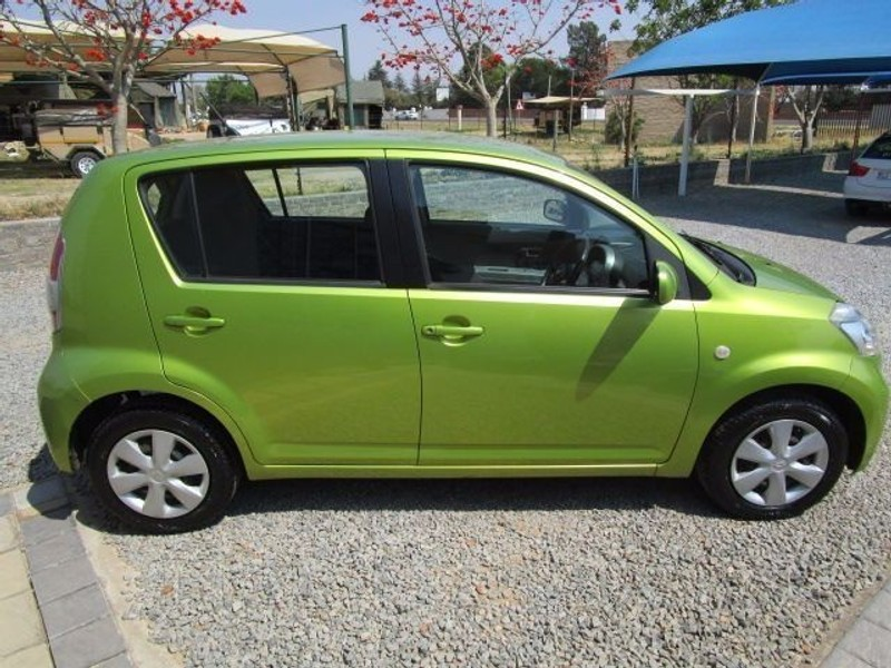 used daihatsu sirion 1 3 for sale in gauteng id 1605539. Black Bedroom Furniture Sets. Home Design Ideas
