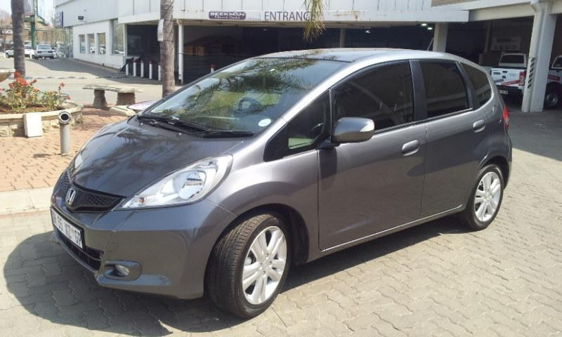 used honda jazz 1 5 executive for sale in gauteng id 1605997. Black Bedroom Furniture Sets. Home Design Ideas