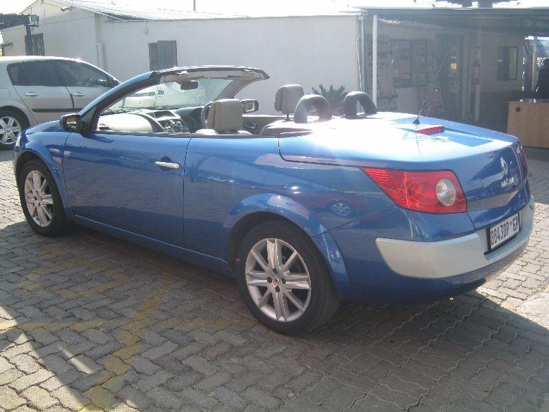 used renault megane cabriolet 2 0 for sale in gauteng id 1606063. Black Bedroom Furniture Sets. Home Design Ideas