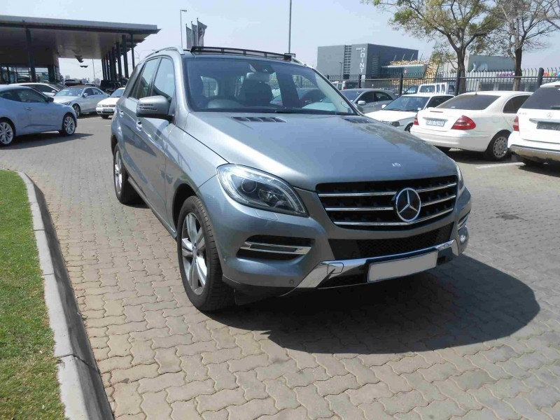Used mercedes benz m class ml 350 bluetec for sale in for Mercedes benz ml 2012 for sale