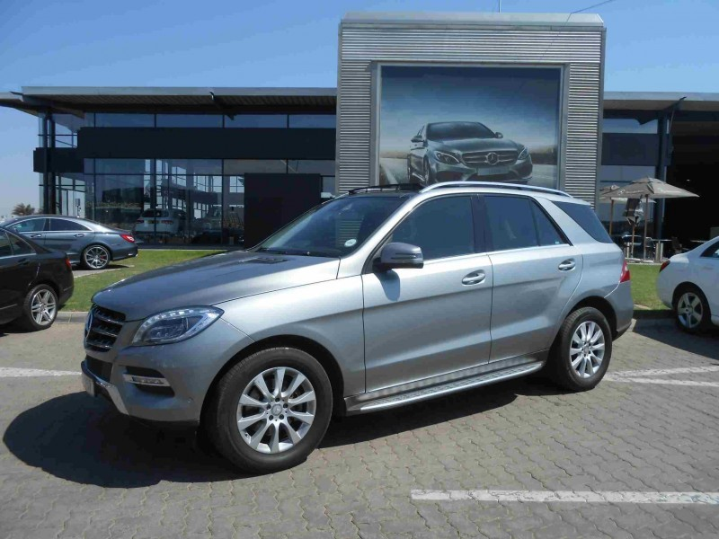 Used mercedes benz m class ml 250 bluetec for sale in for Mercedes benz ml 250 for sale