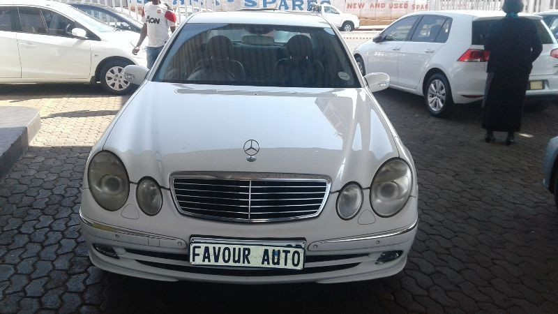 Used mercedes benz e class e 240 for sale in gauteng for 2006 mercedes benz r class for sale