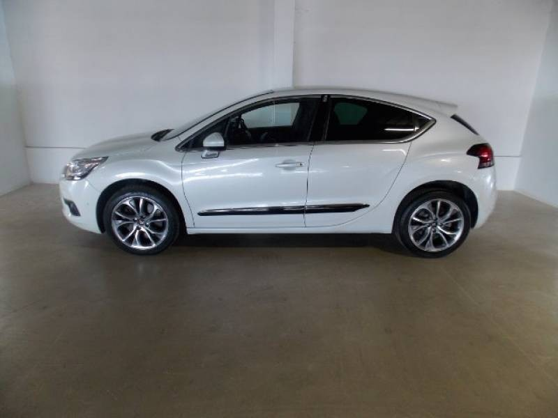used citroen ds4 1 6 thp 200 sport 5dr for sale in gauteng id 1611223. Black Bedroom Furniture Sets. Home Design Ideas