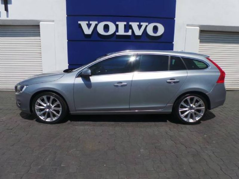 used volvo v60 d5 inscription geartronic for sale in. Black Bedroom Furniture Sets. Home Design Ideas