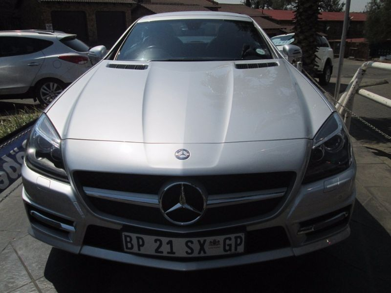 Used mercedes benz slk class slk 350 a t amg for sale in for Mercedes benz slk 350 amg