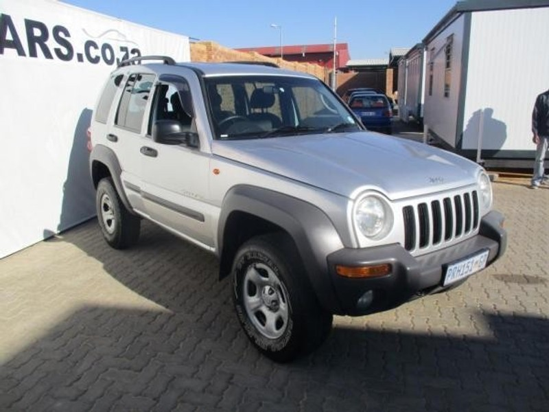 used jeep cherokee 2 5 crd sport for sale in gauteng. Black Bedroom Furniture Sets. Home Design Ideas