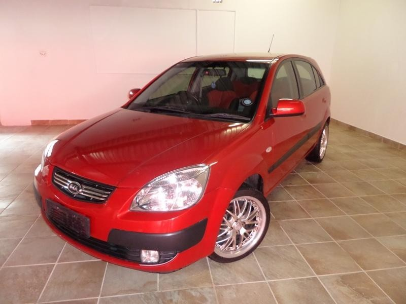 used kia rio 1 6 high 5dr for sale in gauteng. Black Bedroom Furniture Sets. Home Design Ideas
