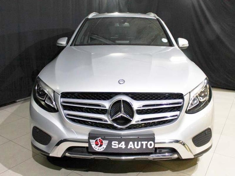 used mercedes benz glc 220d for sale in gauteng id 1620371. Black Bedroom Furniture Sets. Home Design Ideas