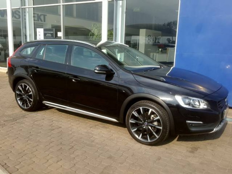 Used Volvo V60 Cc T5 Inscription Geartronic Awd For Sale