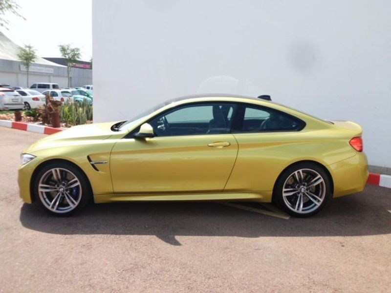 used bmw m4 coupe m dct for sale in gauteng id 1622275. Black Bedroom Furniture Sets. Home Design Ideas