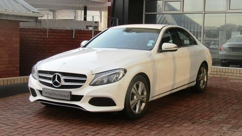 Used mercedes benz c class c180 demo vehicle with low for Mercedes benz demo cars
