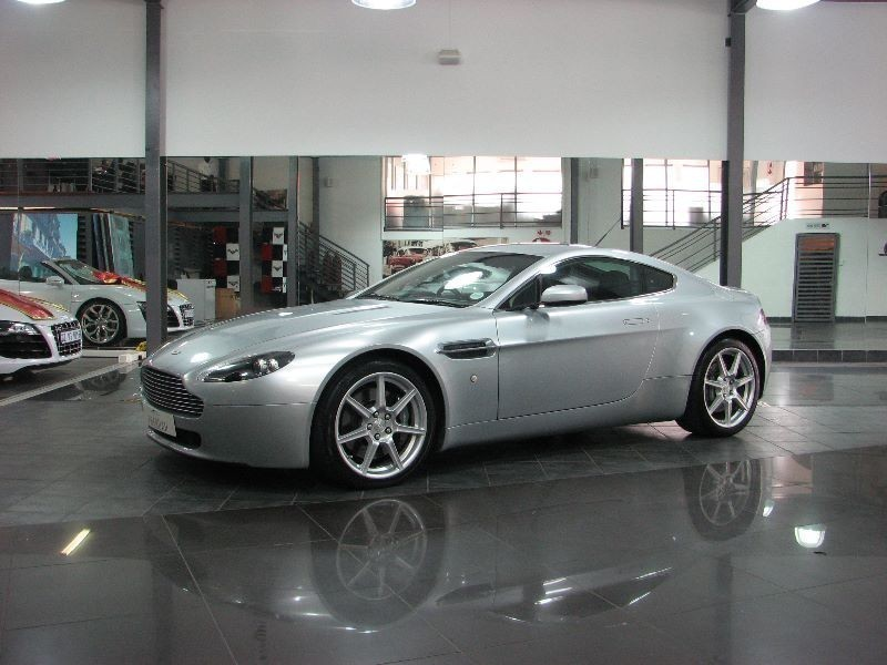 used aston martin vantage coupe for sale in gauteng id 1625233. Black Bedroom Furniture Sets. Home Design Ideas