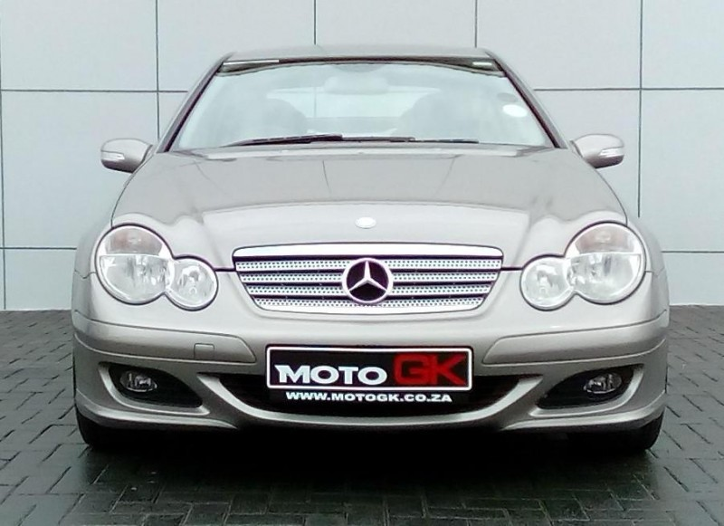 Used mercedes benz c class c230 v6 coupe a t for sale in for Mercedes benz c230 2008