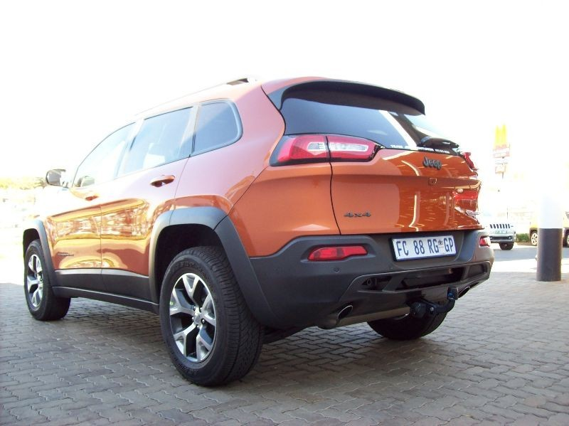 used jeep cherokee 3 2 trailhawk auto for sale in gauteng id 1626263. Black Bedroom Furniture Sets. Home Design Ideas