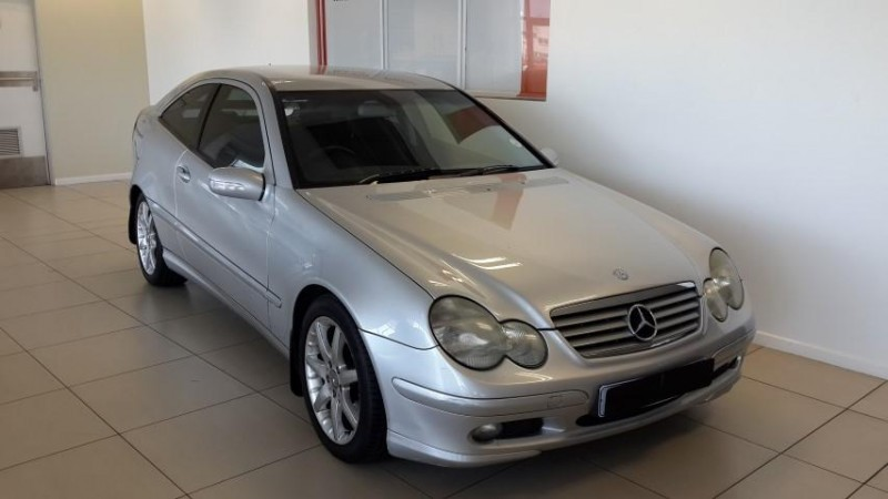 Used mercedes benz c class c230k coupe for sale in gauteng for 2004 mercedes benz c class hatchback