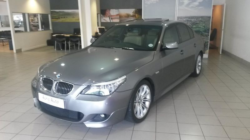 used bmw 5 series 2009 bmw 550i m sport low mileage dylan 08278617 for sale in western cape. Black Bedroom Furniture Sets. Home Design Ideas