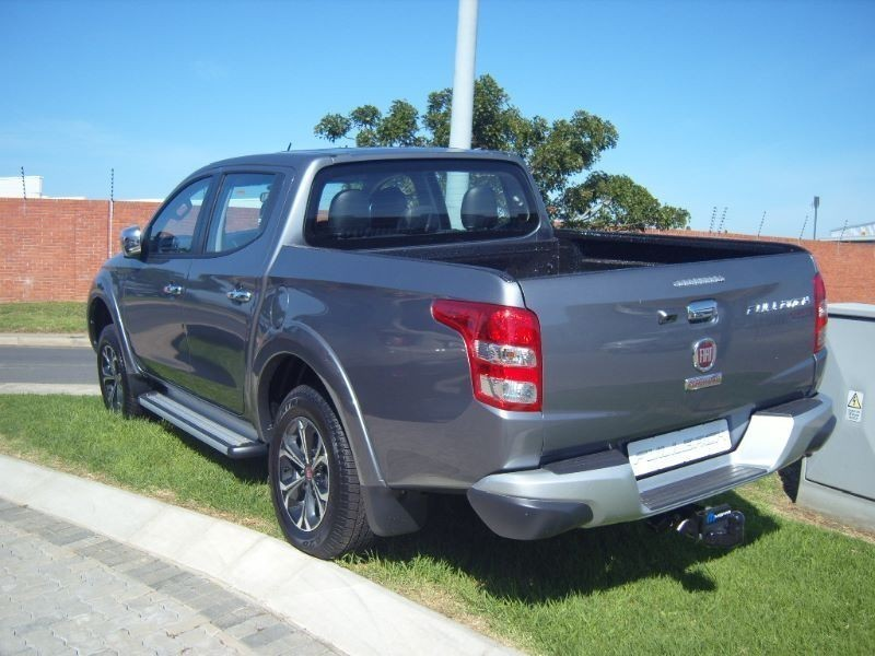 used fiat fullback 2 5 di d 4x4 131kw double cab bakkie for sale in eastern cape. Black Bedroom Furniture Sets. Home Design Ideas