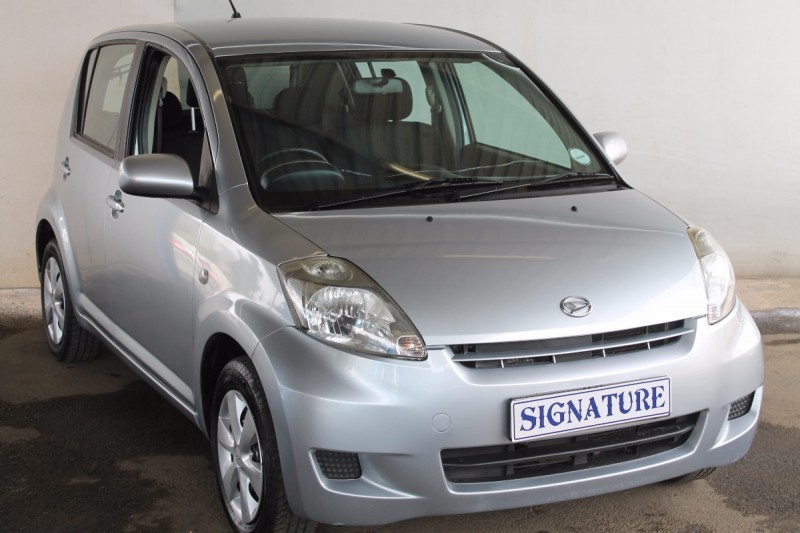 used daihatsu sirion 1 3 for sale in gauteng id 1630366. Black Bedroom Furniture Sets. Home Design Ideas