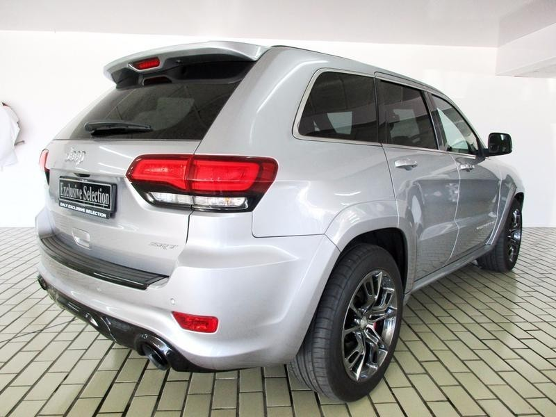 used jeep grand cherokee 6 4 srt for sale in north west province id 1630645. Black Bedroom Furniture Sets. Home Design Ideas