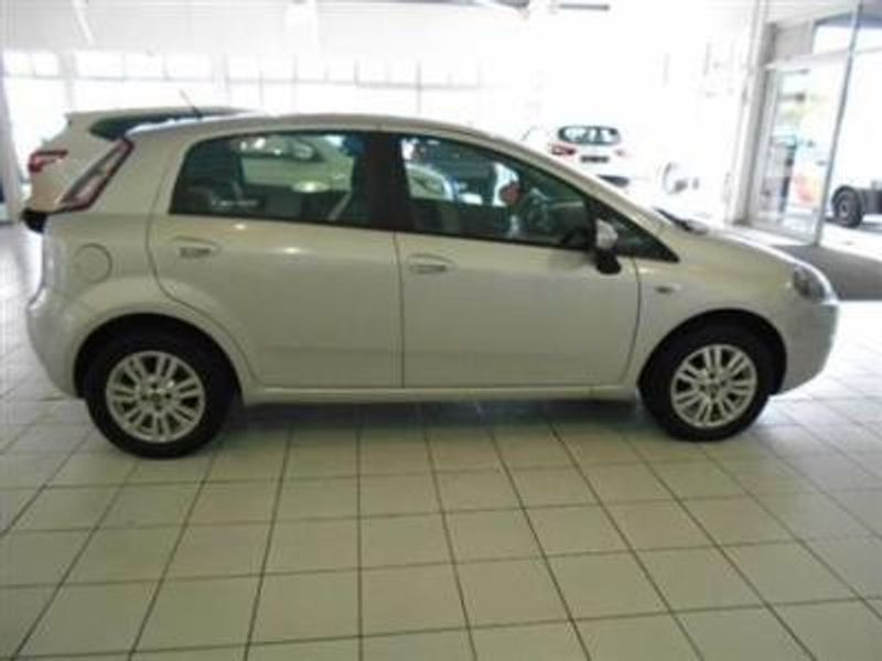 used fiat punto 1 4 easy 5dr for sale in western cape id 1632776. Black Bedroom Furniture Sets. Home Design Ideas