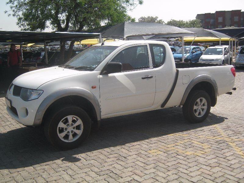 Used Mitsubishi Triton 2 5 Di D Club Cab P U S C For Sale