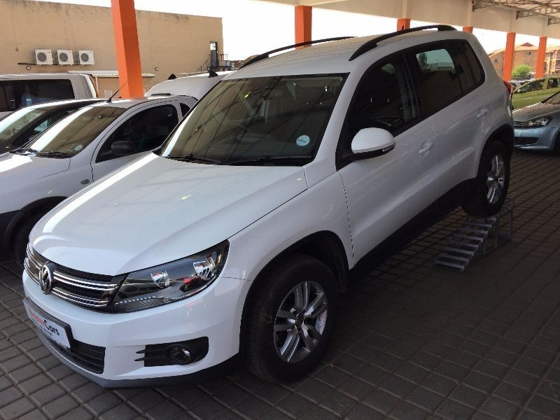 used volkswagen tiguan 1 4 tsi buemotion trend and fun low price for sale in gauteng. Black Bedroom Furniture Sets. Home Design Ideas