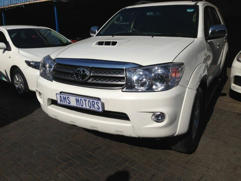 Used Toyota Fortuner 3 0 D4d Desiel Automatic 4x2 For Sale In Gauteng Cars Co Za Id 1640318