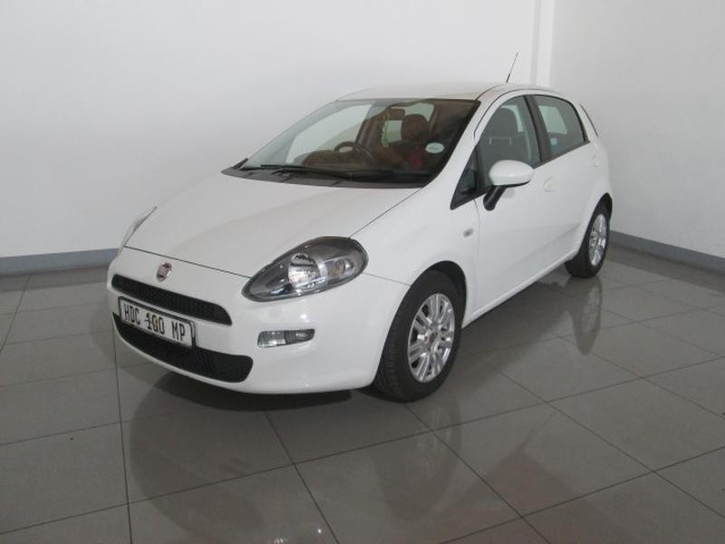 used fiat punto 1 4 easy 5dr for sale in gauteng id 1642584. Black Bedroom Furniture Sets. Home Design Ideas