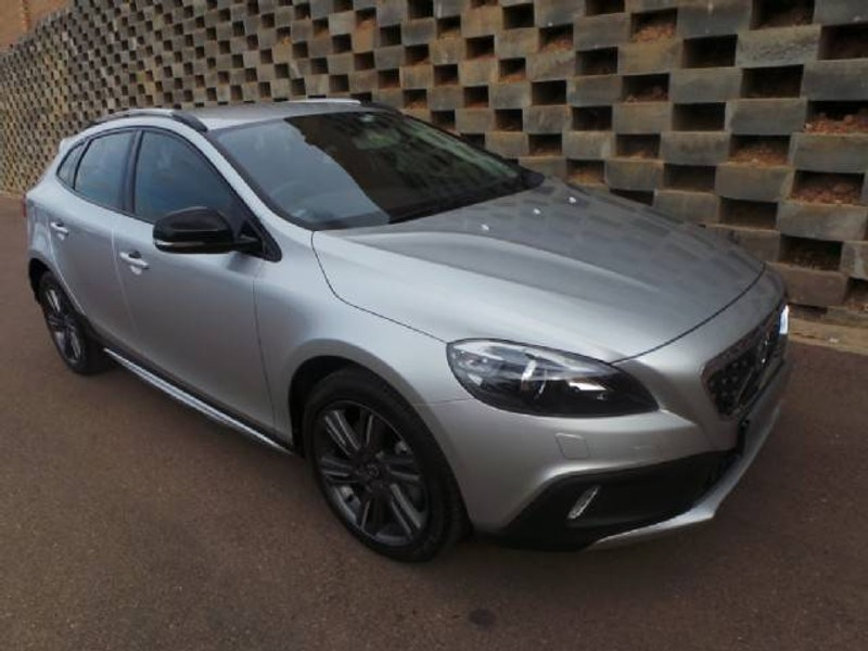 used volvo v40 cc d4 elite geartronic for sale in gauteng id 1649695. Black Bedroom Furniture Sets. Home Design Ideas
