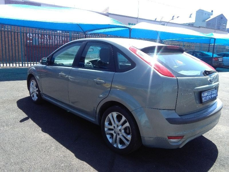 used ford focus built tough for sale in gauteng id 1650232. Black Bedroom Furniture Sets. Home Design Ideas