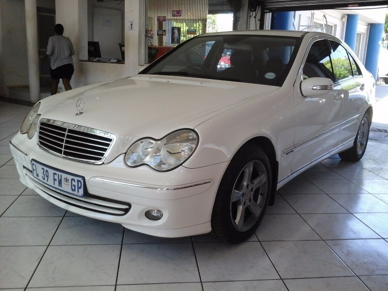 Used mercedes benz c class c 200 kompressor for sale in for Mercedes benz c class 2006 for sale