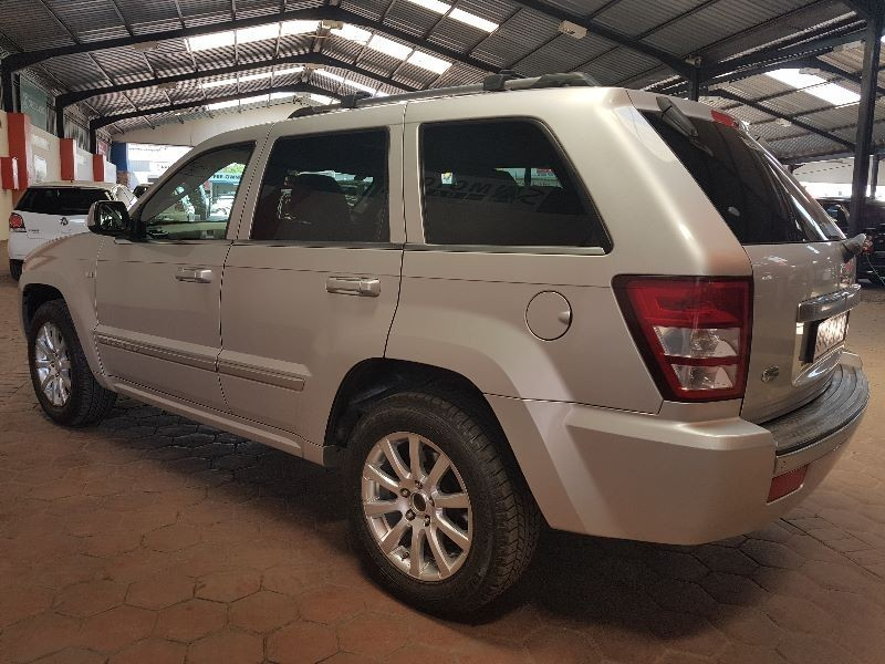used jeep grand cherokee 5 7 hemi v8 ltd for sale in gauteng id 1660030. Black Bedroom Furniture Sets. Home Design Ideas